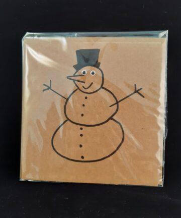 Kerstkaart vierkant sneeuwpop - Handgemaakte producten bij Echt-wel.nl