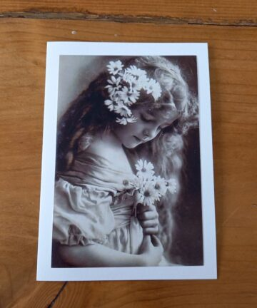 Handgemaakte kaart a6 - vintage meisje