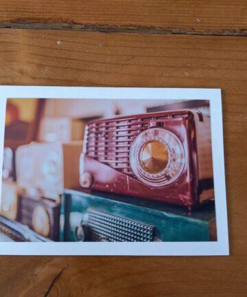 Handgemaakte kaart a6 - vintage radio